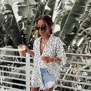 Verge girl black and white print top